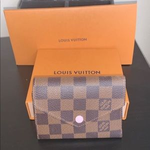 Authentic Louis Vuitton Victorian wallet